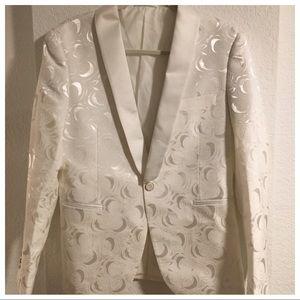 William & David Jackets & Coats - William & David White Brocade Smoking Jacket